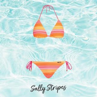 Czas na nasze piękne bikini Sally Stripes 🔥 Dzięki luźno umieszczonym na troczku miseczkom, można je dowolnie przesuwać w zależności od nauralnego rozstawu piersi ✨ Zauważyłyście, że we wszystkich nowych bikini możecie osobno dobierać rozmiar góry i dołu? 😍  #gabbiano #gabbianopl  #swimwear #readyforsummer #swimwearcollection #newcollection #polskamarka #summerready #summerlook #beachlook #bikini