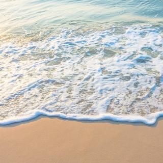 Szum morza to coś czego teraz potrzebujemy 👌🏻  #gabbiano #gabbianopl   #catchthewaves #summerthrowback #summermemories #travel #travelinspo #travelinspiration